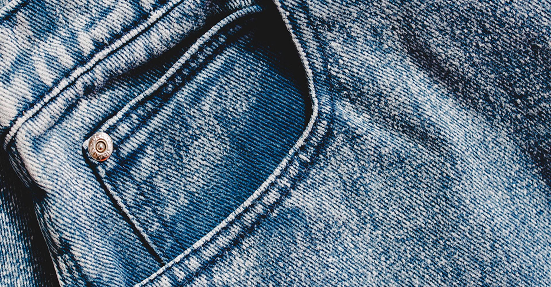 Päť pravidiel ako prať a dezinfikovať jeansy